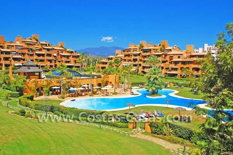 Luxury frontline beach apartment for sale, first line beach complex, New Golden Mile, Marbella -Estepona 22
