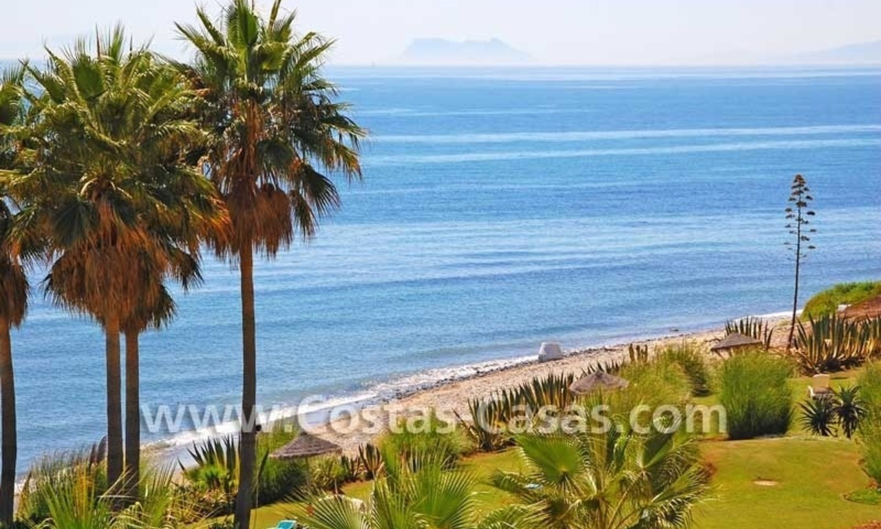 Luxury frontline beach apartment for sale, first line beach complex, New Golden Mile, Marbella -Estepona 2