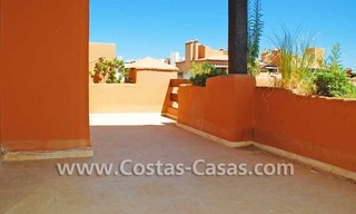 Luxury apartment for sale in a first line beach complex, New Golden Mile, Marbella - Estepona 4