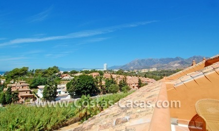 Beachside luxury penthouse apartment to buy in Marbella 5