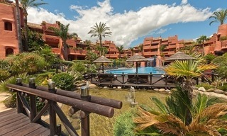 Luxury penthouse apartment for sale in a first line beach complex on the New Golden Mile, Marbella - Estepona 25