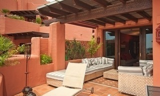 Luxury penthouse apartment for sale in a first line beach complex on the New Golden Mile, Marbella - Estepona 5