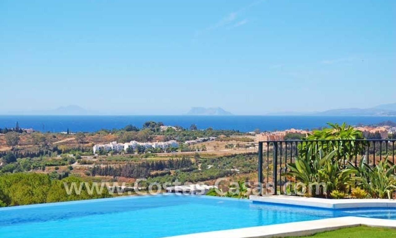 Luxury villa for sale, exclusive golf resort, New Golden Mile, Puerto Banus - Marbella, Benahavis - Estepona 2
