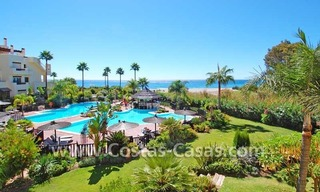 Luxury apartment for sale, frontline beach complex, New Golden Mile, Marbella - Estepona 1