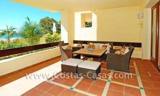 Luxury apartment for sale, frontline beach complex, New Golden Mile, Marbella - Estepona 3