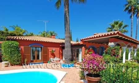 Rustic villa for sale on the New Golden Mile, Puerto Banus - Marbella, Benahavis - Estepona 3
