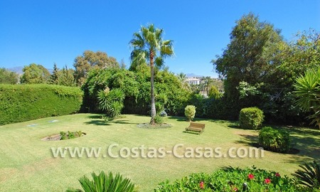 Rustic villa for sale on the New Golden Mile, Puerto Banus - Marbella, Benahavis - Estepona 1