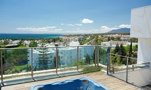 Exclusive new luxury modern apartments and penthouses for sale on the Golden Mile near Marbella centre