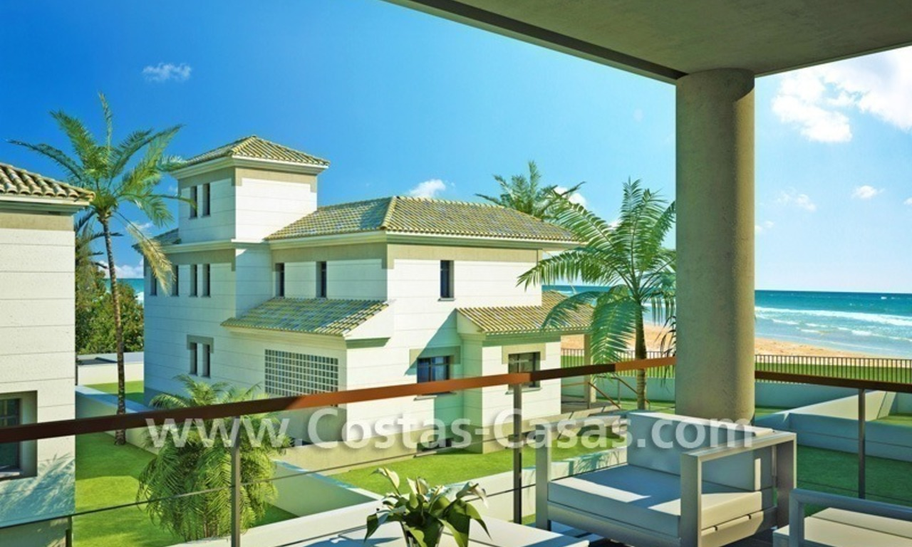 Beachfront new luxury villas for sale, first line beach Marbella - Costa del Sol 3