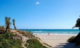 Beachfront new luxury villas for sale, first line beach Marbella - Costa del Sol 13