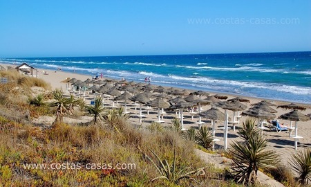Beachfront new luxury villas for sale, first line beach Marbella - Costa del Sol 10