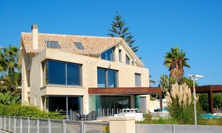 Beachfront modern villa for sale in Marbella 2