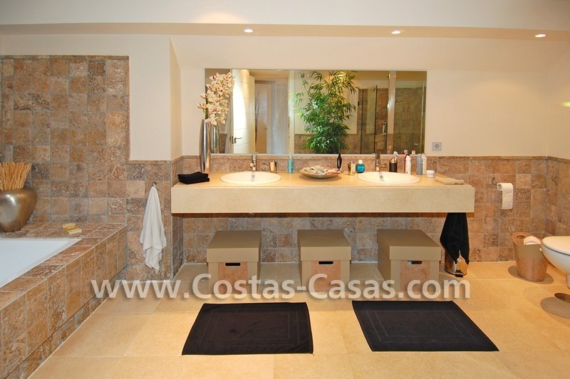 Luxury frontline golf modern penthouse for sale in a 5*golf resort, Benahavis - Estepona - Marbella 23