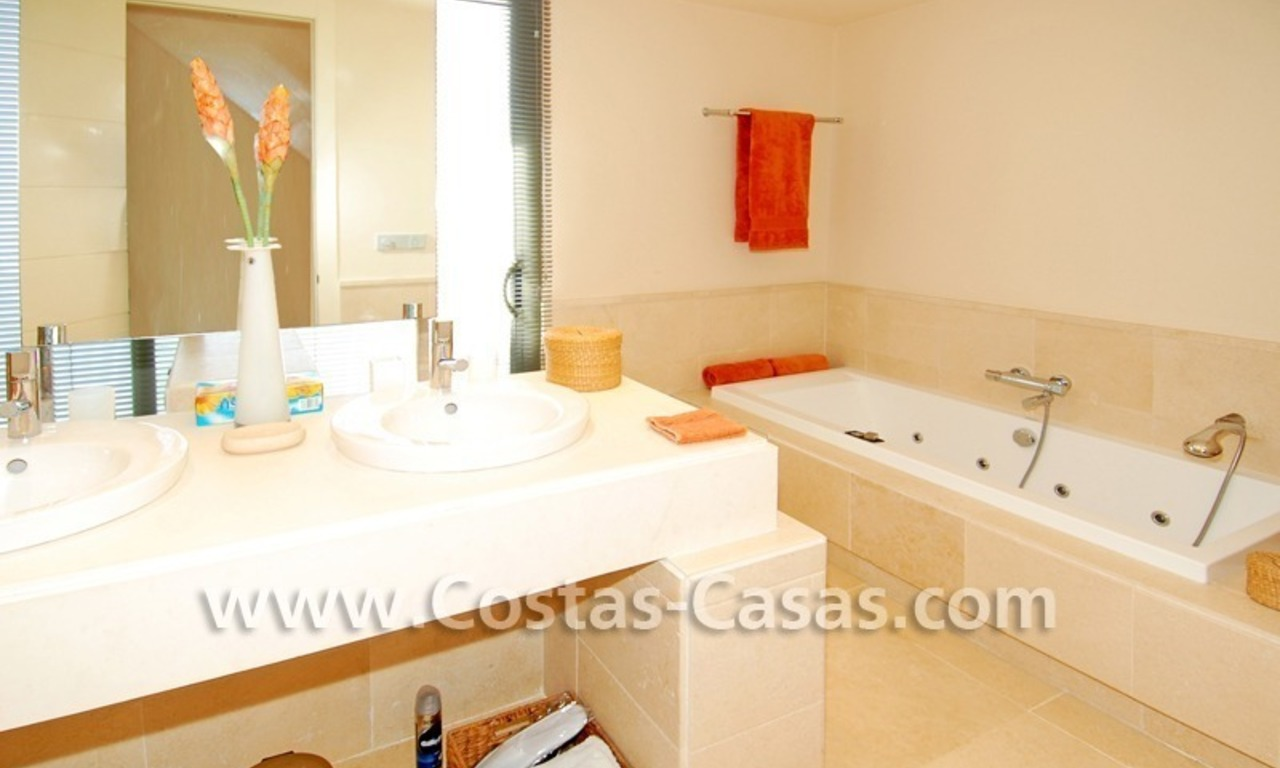 Luxury frontline golf modern penthouse for sale in a 5*golf resort, Benahavis - Estepona - Marbella 25
