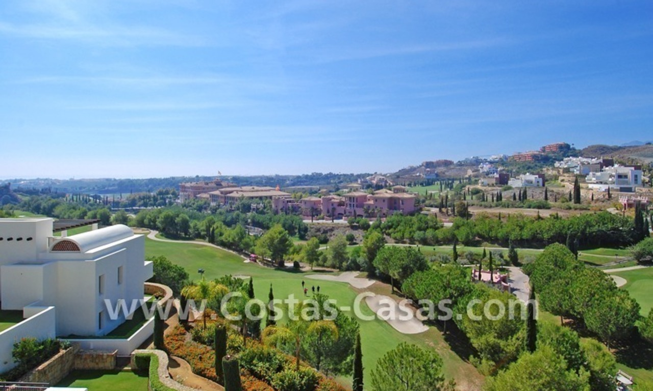Luxury frontline golf modern penthouse for sale in a 5*golf resort, Benahavis - Estepona - Marbella 0