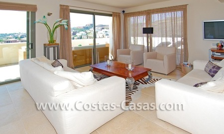 Luxury frontline golf modern penthouse for sale in a 5*golf resort, Benahavis - Estepona - Marbella 10