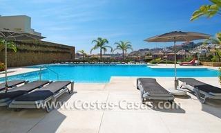 Luxury frontline golf modern penthouse for sale in a 5*golf resort, Benahavis - Estepona - Marbella 8