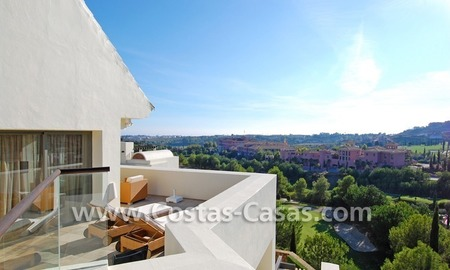 Luxury frontline golf modern penthouse for sale in a 5*golf resort, Benahavis - Estepona - Marbella 2