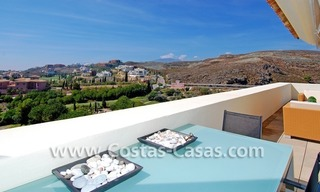Luxury frontline golf modern penthouse for sale in a 5*golf resort, Benahavis - Estepona - Marbella 3