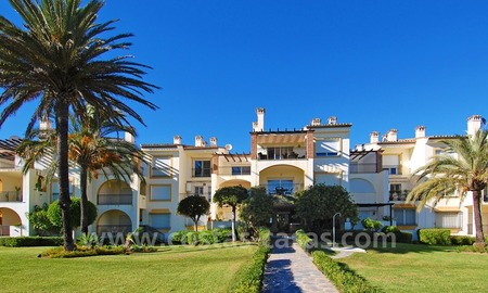 Beachfront penthouse apartment for sale on the New Golden Mile between Marbella and Estepona centre 21