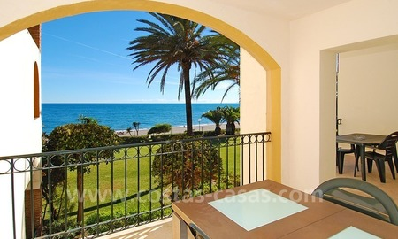 Beachfront penthouse apartment for sale on the New Golden Mile between Marbella and Estepona centre 4