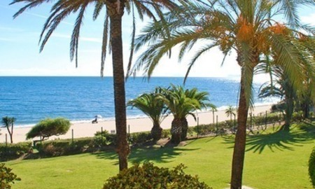 Beachfront penthouse apartment for sale on the New Golden Mile between Marbella and Estepona centre 2