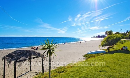 Beachfront penthouse apartment for sale on the New Golden Mile between Marbella and Estepona centre 23