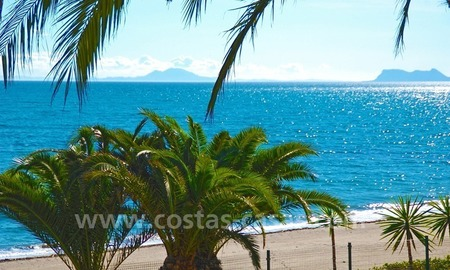 Beachfront penthouse apartment for sale on the New Golden Mile between Marbella and Estepona centre 3