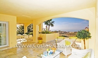 Front line beach apartment for sale in Marbella 2