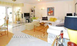 Front line beach apartment for sale in Marbella 11