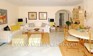 Front line beach apartment for sale in Marbella 12