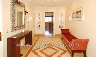Exclusive luxury apartment for sale on the Golden Mile in Marbella 8