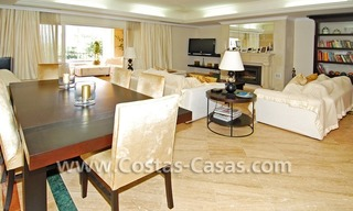 Exclusive luxury apartment for sale on the Golden Mile in Marbella 11