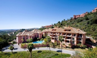 Spacious luxury apartments and penthouses for sale in the area of Marbella - Benahavis 6