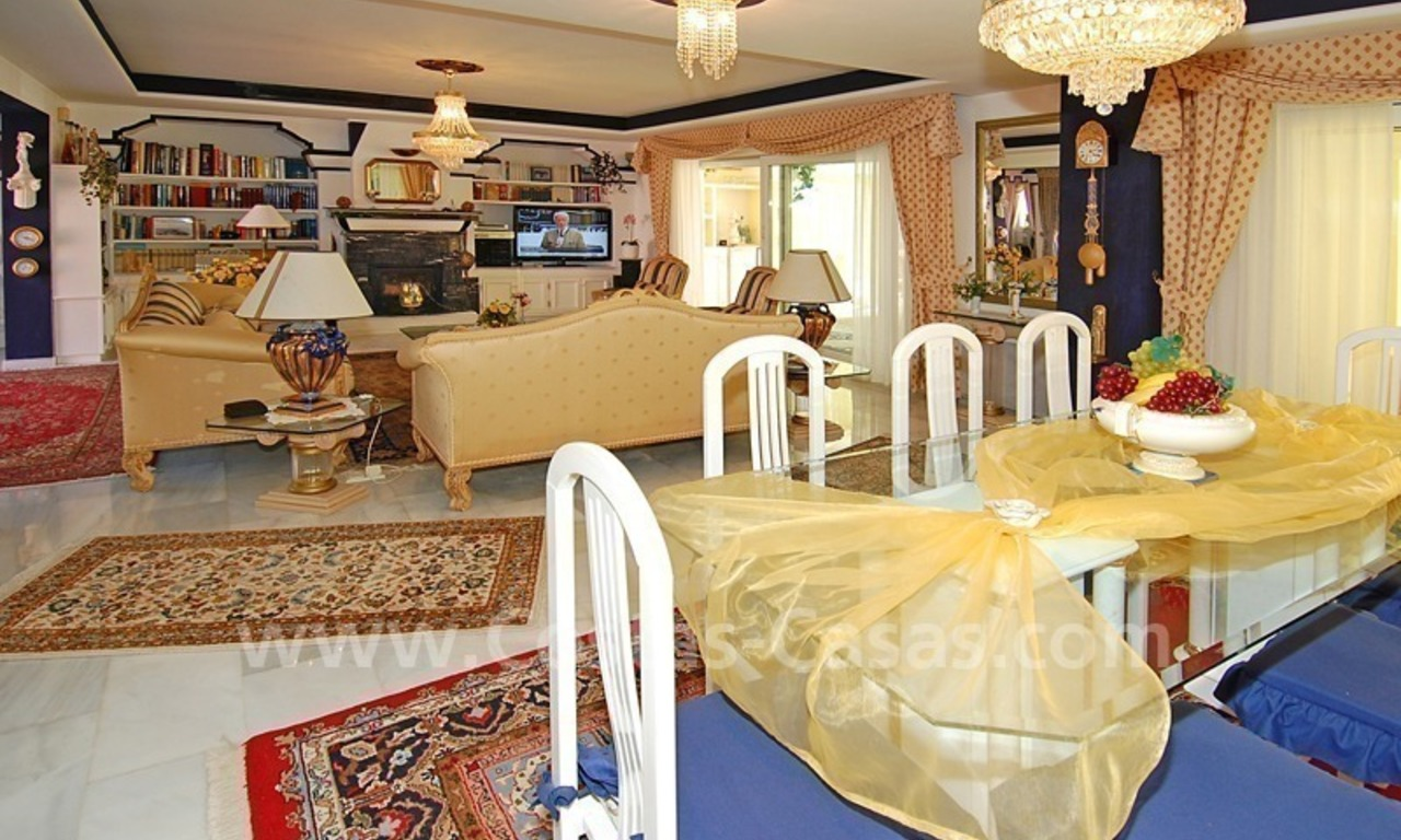 First line beach villa with 2 guest houses for sale in East Marbella 11