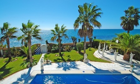 First line beach villa with 2 guest houses for sale in East Marbella 0