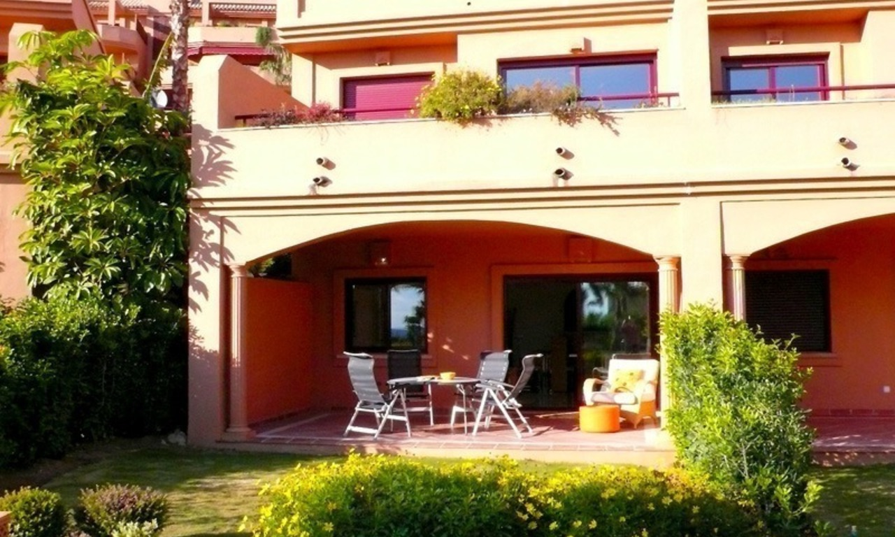 Apartment for sale, beachfront complex in Estepona - Costa del Sol 5