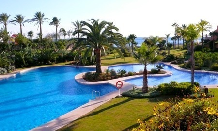 Apartment for sale, beachfront complex in Estepona - Costa del Sol 3
