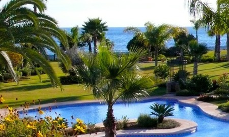 Apartment for sale, beachfront complex in Estepona - Costa del Sol 4