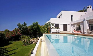 Bargain! Modern contemporary villa for sale in Marbella - Benahavis 5
