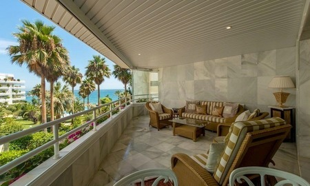First line beach apartment for sale on the Golden Mile in Marbella 2