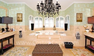 Classical luxury villa to buy in Nueva Andalucia - Puerto Banus - Marbella 20