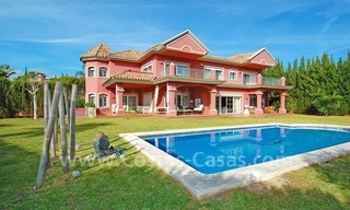 Classical luxury villa to buy in Nueva Andalucia - Puerto Banus - Marbella 0