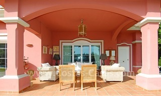 Classical luxury villa to buy in Nueva Andalucia - Puerto Banus - Marbella 3