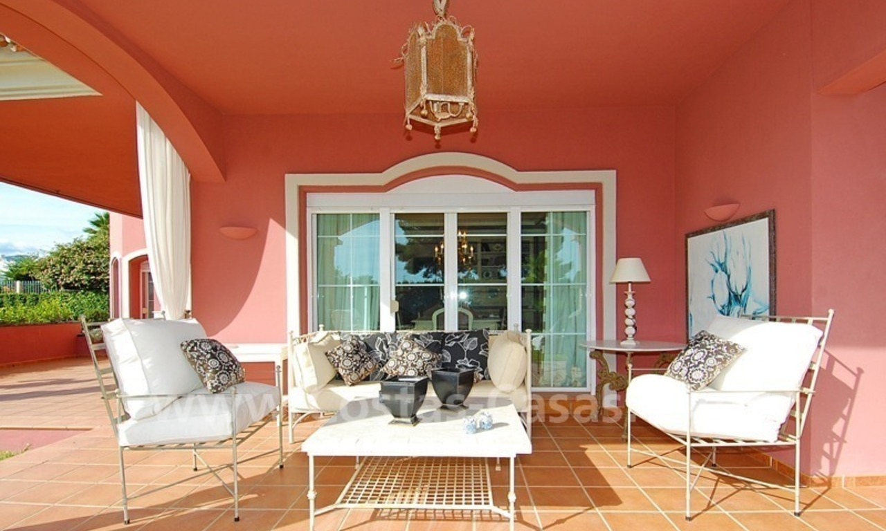 Classical luxury villa to buy in Nueva Andalucia - Puerto Banus - Marbella 4