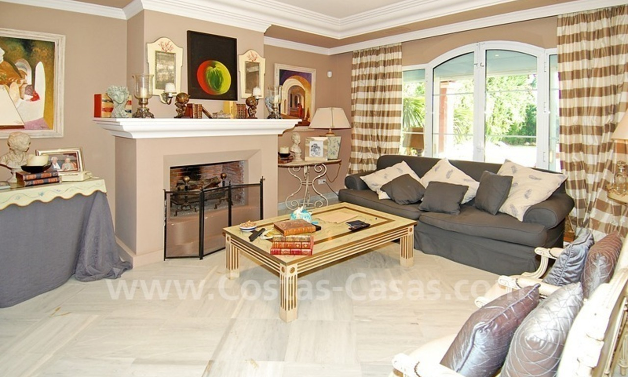 Classical luxury villa to buy in Nueva Andalucia - Puerto Banus - Marbella 12