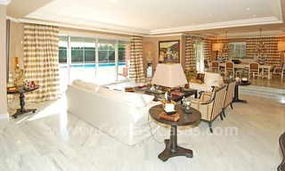 Classical luxury villa to buy in Nueva Andalucia - Puerto Banus - Marbella 13