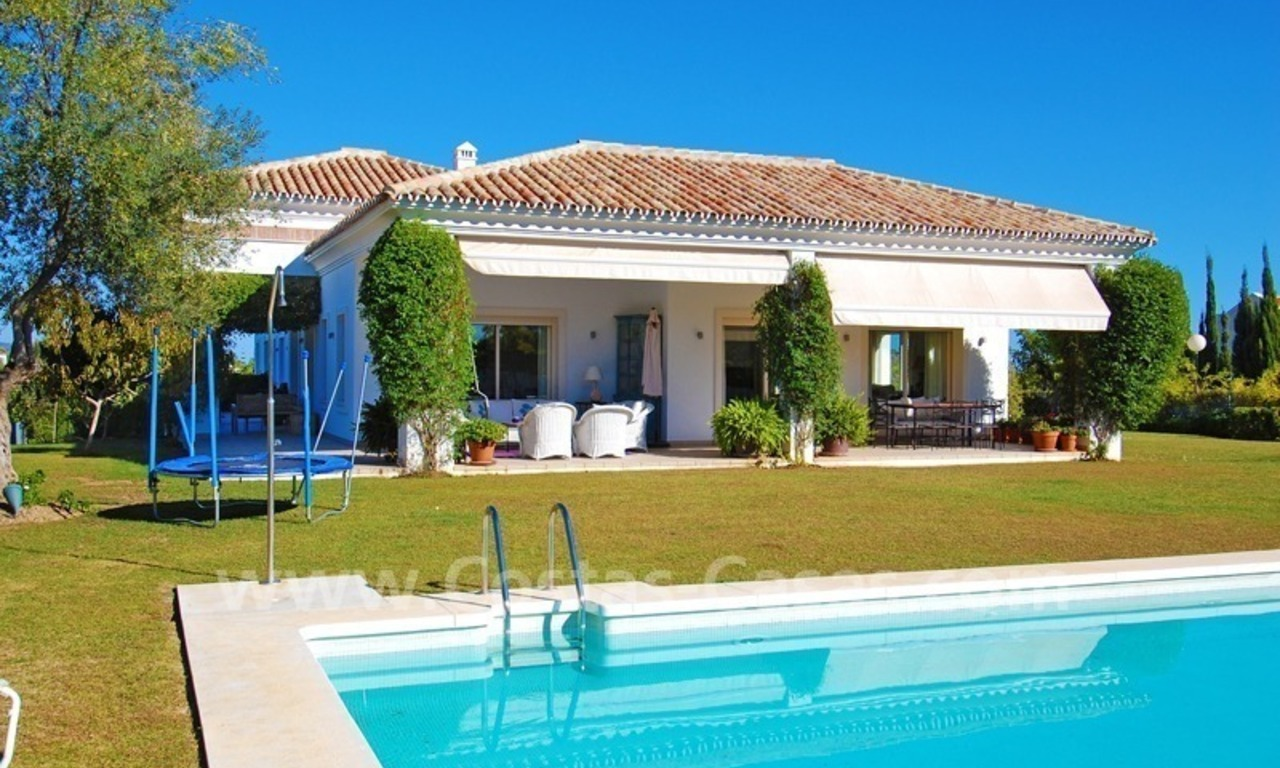 Modern Andalusian villa to buy on the Golden Mile in Marbella 4