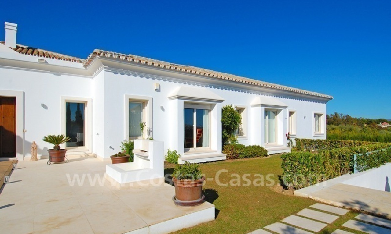 Modern Andalusian villa to buy on the Golden Mile in Marbella 6