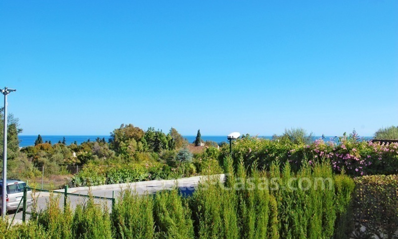 Modern Andalusian villa to buy on the Golden Mile in Marbella 8